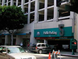 Santa Monica parking garage
